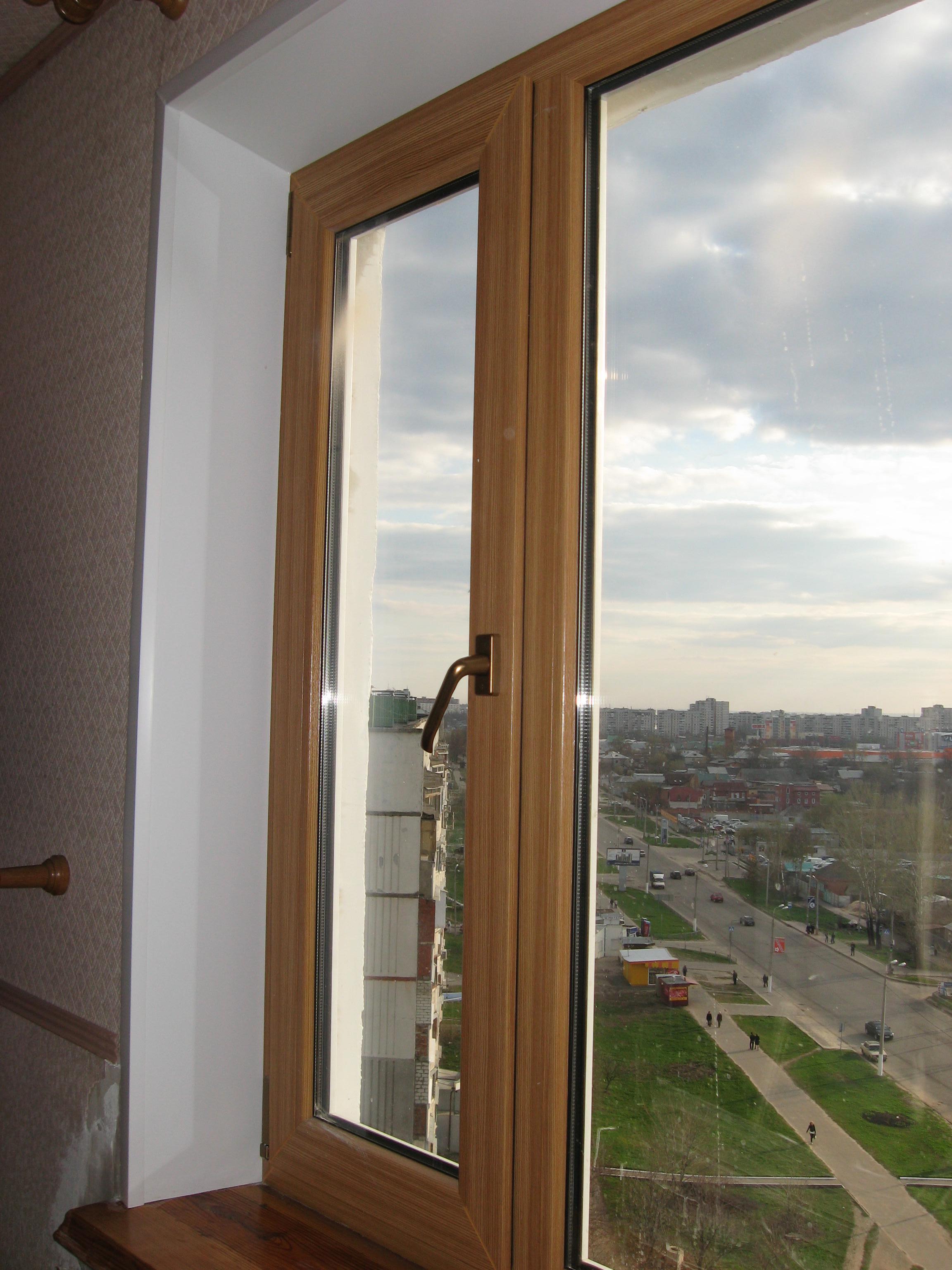 Коричневые окна какие откосы фото